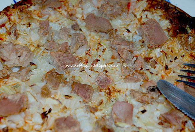 Pizza casera de atún