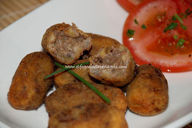 Croquetas de carne de berza