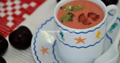 Gazpacho de kiwi y cerezas.